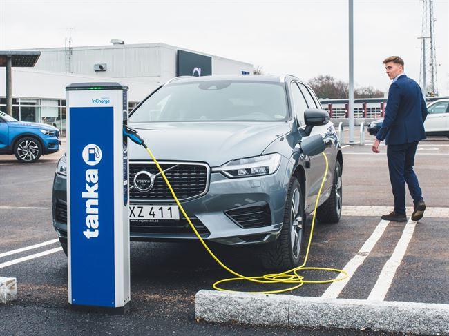 Volvo aterkallar over 70 000 bilar